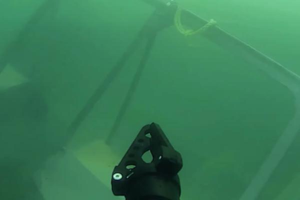 SRV-8 underwater drone underwater view