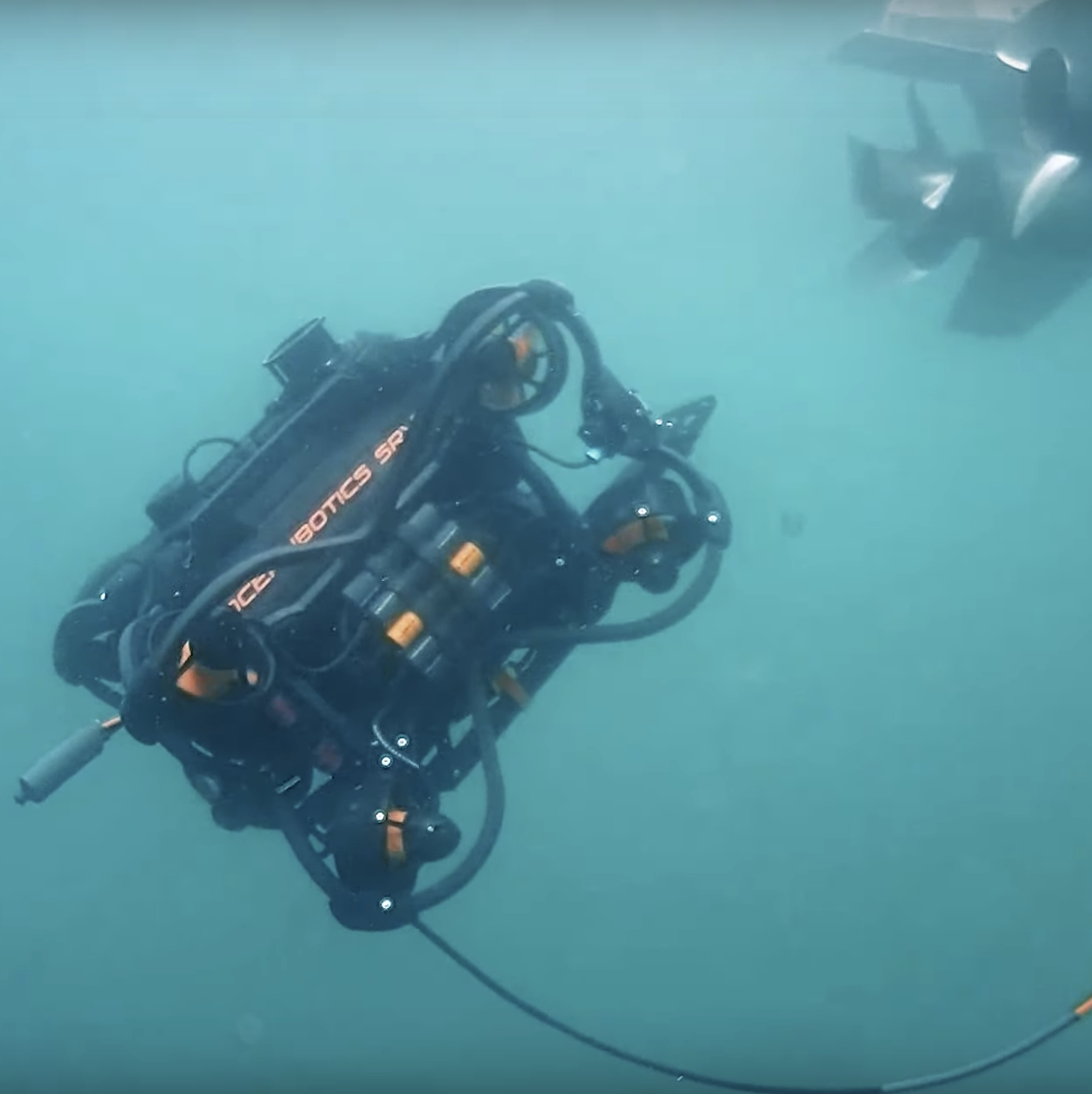 SRV-8 remotely operated underwater vehicle hull inspection