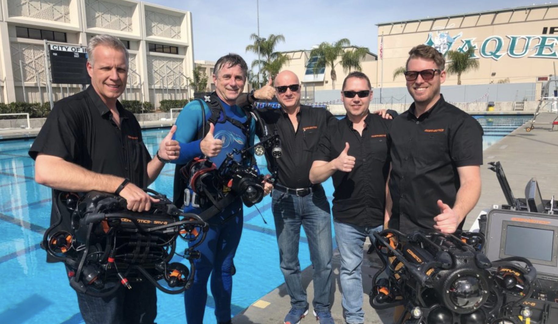 SRV-8 remotely operated underwater vehicle engineer and sales team